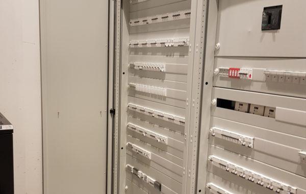Instalacja elektryczna z rozruchem w sklepie usługowym w Galerii Szczecin